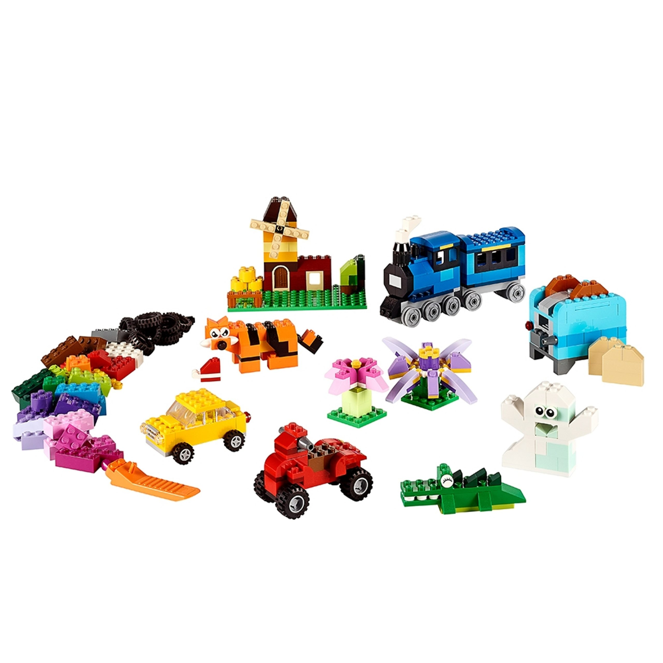la boite de briques creatives lego 10696 scaled